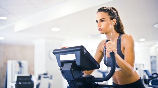 Gym tại nhà lên ngôi, smartphone 5G phát huy tối đa tác dụng của mình - Ảnh 2.