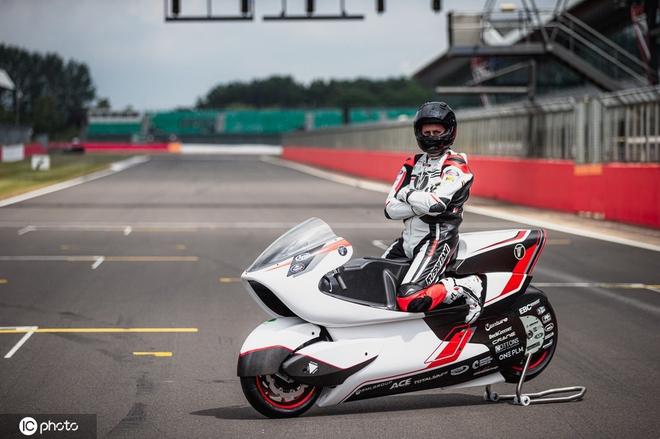 Công ty Anh chế tạo xe máy điện nhanh nhất thế giới với tốc độ vượt quá 400 km/h - Ảnh 8.