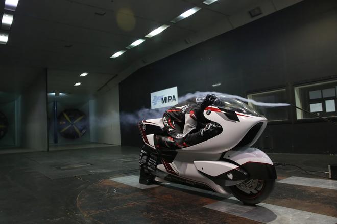 Công ty Anh chế tạo xe máy điện nhanh nhất thế giới với tốc độ vượt quá 400 km/h - Ảnh 3.