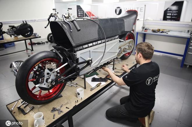Công ty Anh chế tạo xe máy điện nhanh nhất thế giới với tốc độ vượt quá 400 km/h - Ảnh 4.