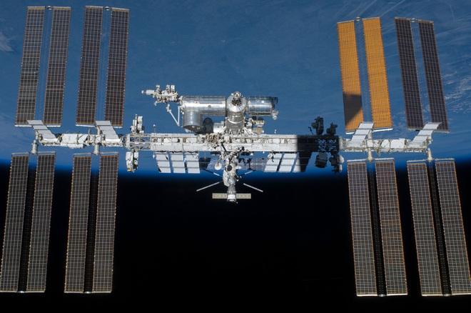 Sử dụng thành công công cụ sửa gen CRISPR trên trạm ISS, bước đệm để ta có siêu phi hành gia bay tới mọi ngóc ngách thiên hà - Ảnh 1.