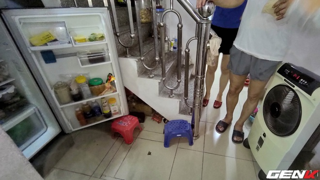 Ở nhà tránh dịch không gọi được thợ mà tủ lạnh đột nhiên không lạnh. Chú hàng xóm bật mí một cách sửa tạm thời cực hiệu quả, dễ dàng vượt qua ngày giãn cách - Ảnh 6.