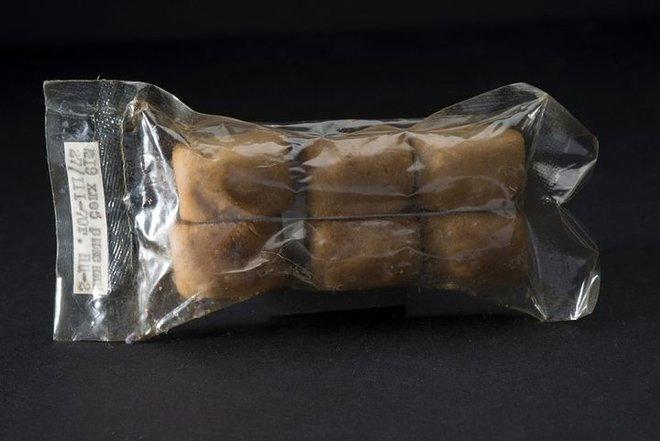 Tại sao không thể ăn bánh mì trong không gian? - Ảnh 7.