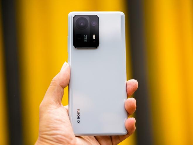Trên tay Xiaomi Mi MIX 4: Mặt lưng gốm, camera ẩn dưới màn hình, chip Snapdragon 888+, giá chỉ từ 17.5 triệu đồng - Ảnh 12.