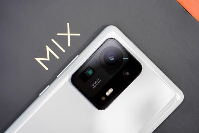 Trên tay Xiaomi Mi MIX 4: Mặt lưng gốm, camera ẩn dưới màn hình, chip Snapdragon 888+, giá chỉ từ 17.5 triệu đồng - Ảnh 4.