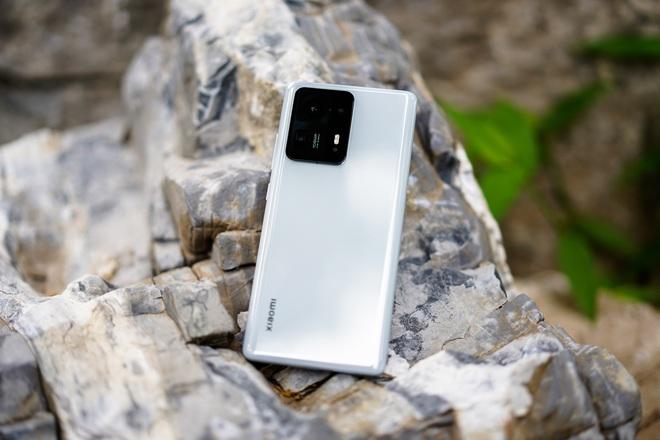 Trên tay Xiaomi Mi MIX 4: Mặt lưng gốm, camera ẩn dưới màn hình, chip Snapdragon 888+, giá chỉ từ 17.5 triệu đồng - Ảnh 3.