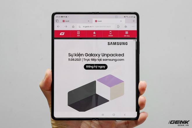 Trên tay Galaxy Z Fold3/Z Flip3 vừa ra mắt: Thiết kế sang trọng tinh tế, camera ẩn dưới màn hình, tích hợp bút S Pen - Ảnh 8.