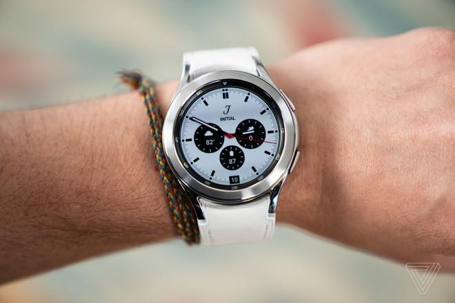 Samsung ra mắt Galaxy Watch 4: Phần cứng Samsung, phần mềm Google, đẹp cả đôi đường - Ảnh 2.