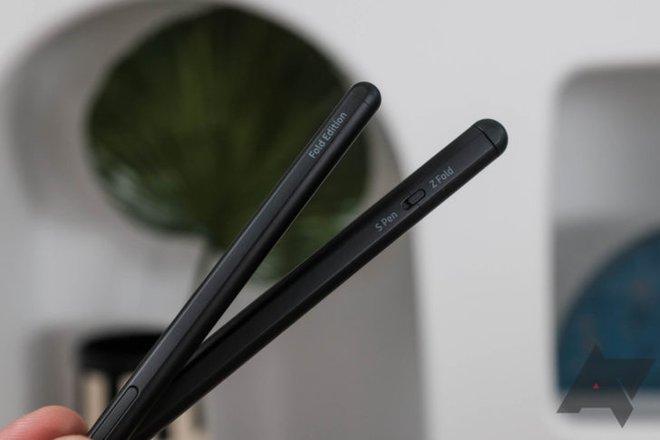 Xài Galaxy Note từ lâu nên nhà tôi có dư chiếc S Pen thì dùng cho Z Fold3 được không? - Ảnh 1.