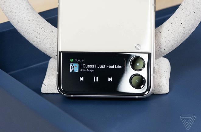 Z Fold3 đã khiến Galaxy Note vĩnh viễn ra đi, liệu tương lai Z Flip có thay thế luôn Galaxy S? - Ảnh 3.