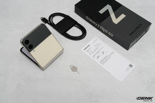 Có giá 1000 USD nhưng Galaxy Z Flip3 sạc chậm hơn cả iPhone 12 - Ảnh 2.