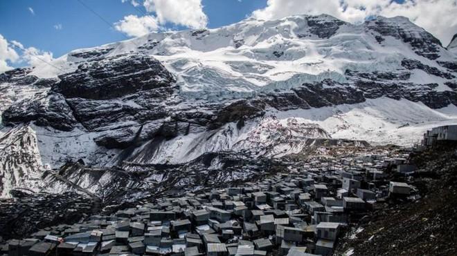 Những địa danh bất lợi nhất cho sự tồn tại của con người nhưng vẫn có dân cư sinh sống (Phần 1) - Ảnh 4.