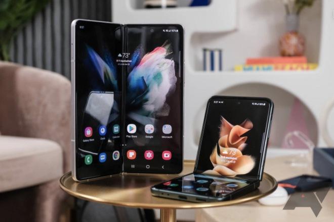 Giá thay màn hình trên Galaxy Z Fold3 và Z Flip3 vẫn còn cao, nhưng ít nhất thì đã rẻ hơn trước - Ảnh 1.
