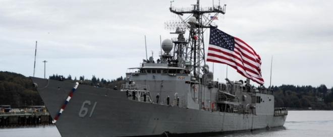 Quân đội Hoa Kỳ tung video tập trận mãn nhãn: tổng lực không – lục – hải quân đánh gãy đôi tàu khu trục - Ảnh 1.