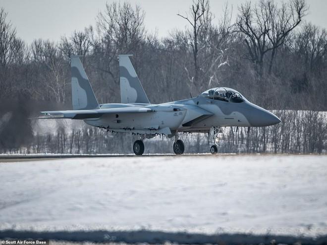 Boeing ra mắt chiến đấu cơ F-15QA phiên bản Qatar: hiện đại nhất trong gia đình máy bay tiêm kích F-15 - Ảnh 3.