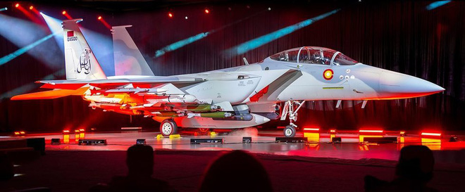 Boeing ra mắt chiến đấu cơ F-15QA phiên bản Qatar: hiện đại nhất trong gia đình máy bay tiêm kích F-15 - Ảnh 1.