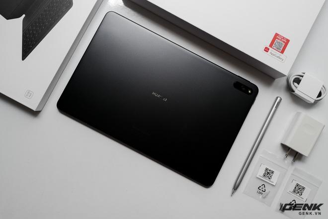 Trên tay máy tính bảng Huawei MatePad 11: Màn hình IPS 120Hz, dùng chip Snapdragon 865, hệ điều hành Harmony OS 2 rất mượt, giá 13.99 triệu đồng - Ảnh 2.