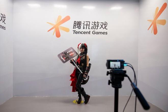 Báo Nhà nước Trung Quốc gọi game là ma túy điện tử, cổ phiếu cả ngành game Trung Quốc cắm đầu đi xuống - Ảnh 1.
