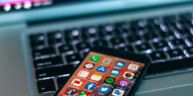 Báo cáo: Apple sắp ra mắt hệ thống tự phát hiện nội dung khiêu dâm trẻ em trên iPhone - Ảnh 1.