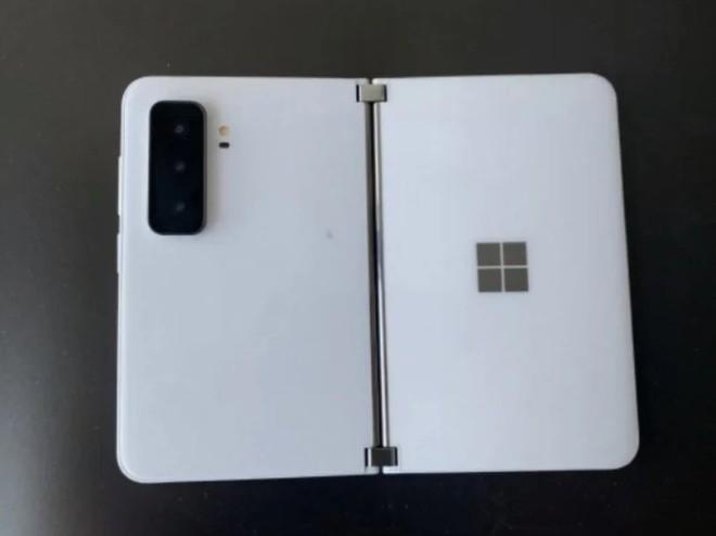 Tất tần tật về Surface Duo 2: Nâng cấp cấu hình, camera nhưng chưa thay đổi nhiều về thiết kế - Ảnh 4.