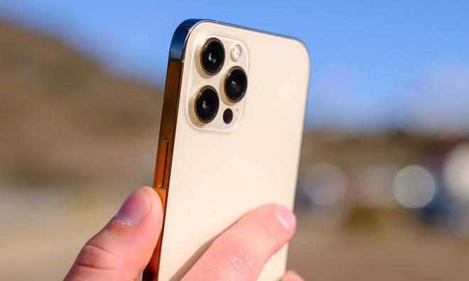 """5 mẫu iPhone chớ dại mà """"xuống tiền"""" thời gian này, nếu không muốn phải tiếc hùi hụi khi iPhone 13 ra mắt - Ảnh 2."""