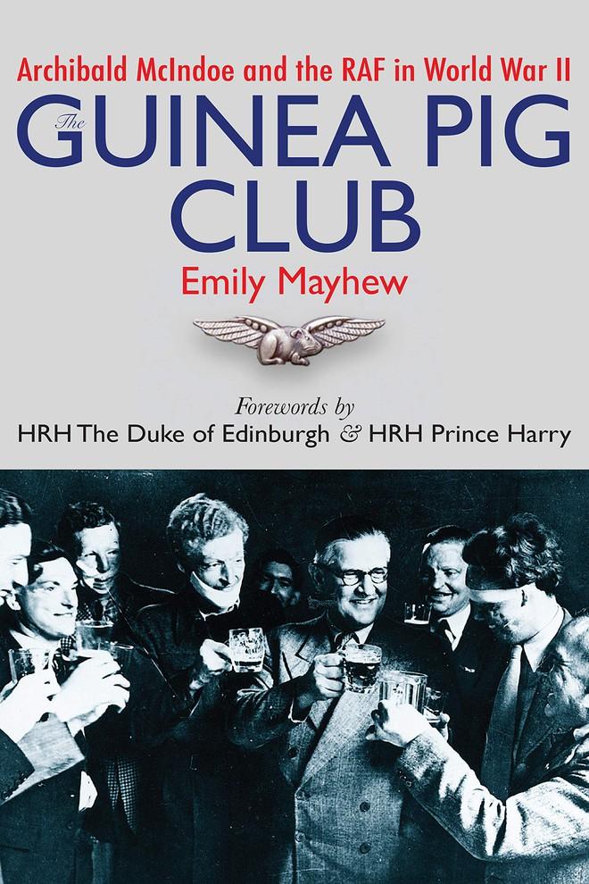 Câu chuyện bi thảm về hàng trăm phi công chuột lang trong thế chiến II và vị bác sĩ đã giúp họ tìm lại hình hài con người - Ảnh 8.