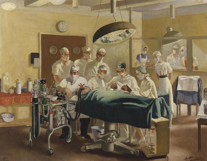 Câu chuyện bi thảm về hàng trăm phi công chuột lang trong thế chiến II và vị bác sĩ đã giúp họ tìm lại hình hài con người - Ảnh 3.