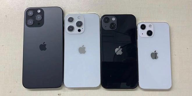 Nếu không thay đổi, iPhone có thể mất đi tập khách hàng Gen Z vào tay Galaxy Z Flip3 - Ảnh 1.