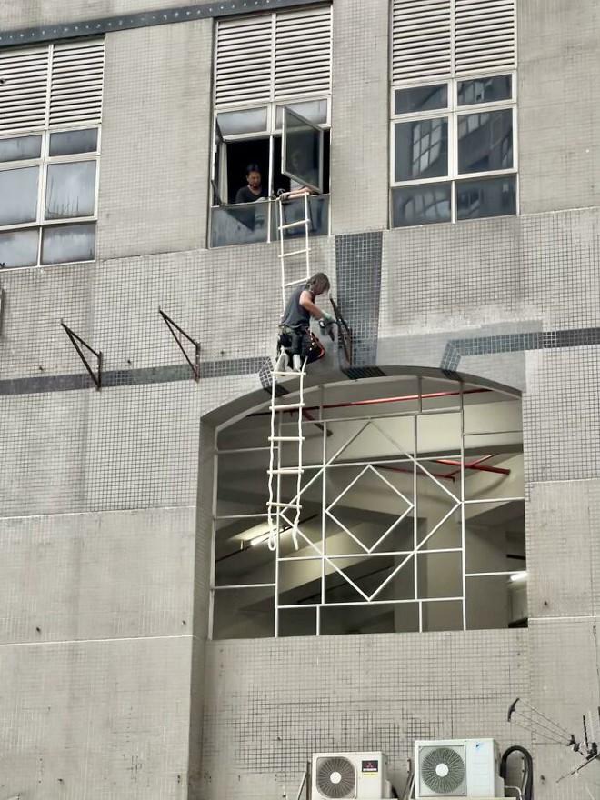 Những người có khả năng đạp đổ khái niệm về an toàn lao động - Ảnh 17.