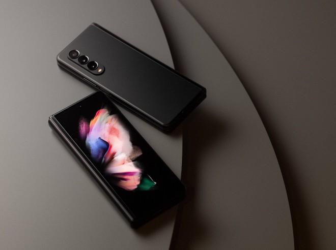 Có 47 triệu, chọn iPhone 13 Pro Max full option vừa ra mắt hay Galaxy Z Fold3 để chứng tỏ độ sang chảnh? - Ảnh 7.