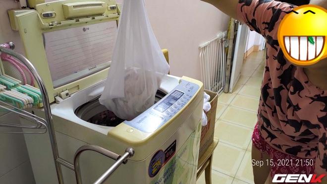 Giặt máy cửa trên làm quần áo nhanh tã nhưng chỉ một phụ kiện giá từ 10 nghìn đồng sẽ giúp khắc phục dễ dàng! - Ảnh 7.