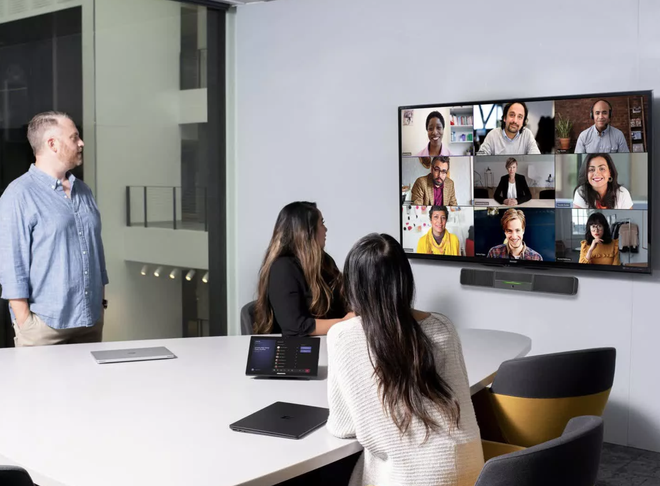 Nghiên cứu từ Microsoft cho thấy làm việc tại nhà gây giảm năng suất và khả năng sáng tạo - Ảnh 1.