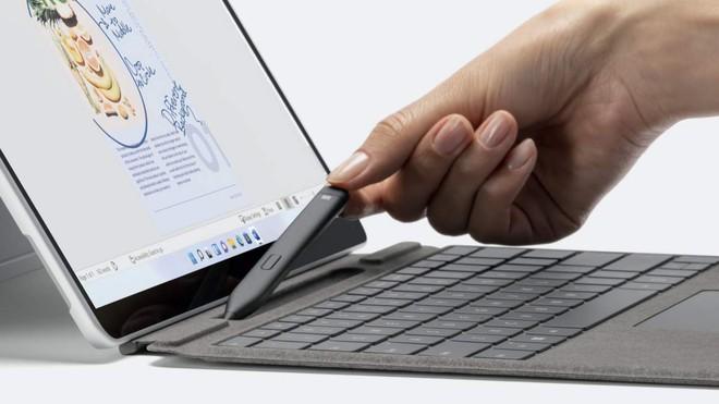 Microsoft ra mắt Surface Slim Pen 2 với chip G6, mang đến độ chính xác cực cao và cảm giác như bút thật - Ảnh 1.