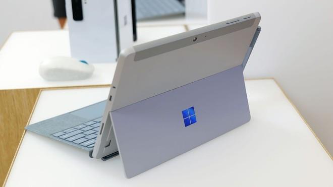 Surface Go 3 ra mắt: Thiết kế gọn nhẹ, Intel Core i3, pin 11 tiếng, giá từ 9.1 triệu đồng - Ảnh 2.