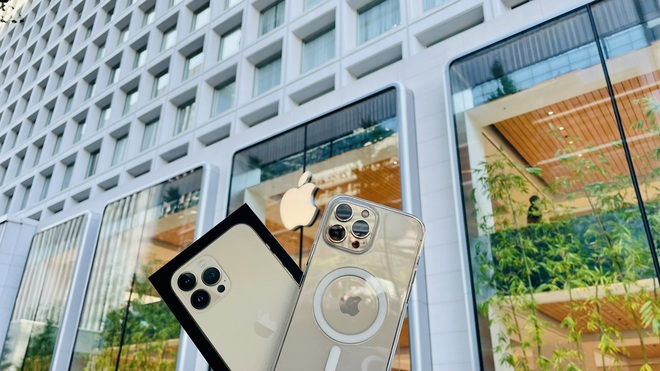 iPhone 13 bắt đầu đến tay người dùng trên thế giới - Ảnh 11.