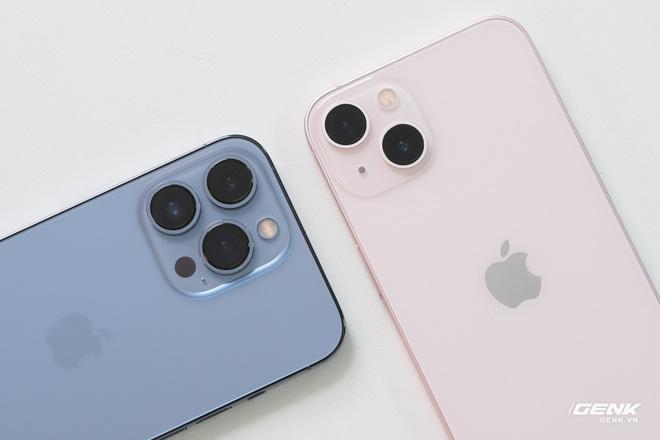 Tại sao iPhone 13 lại có camera đặt chéo? Có phải Apple làm vậy chỉ để cho khác iPhone 12 hay không? - Ảnh 4.