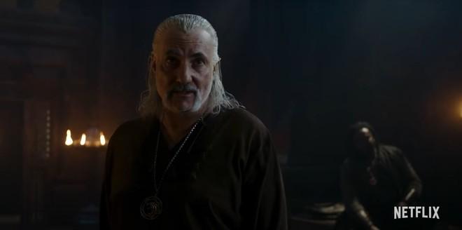 Netflix tung trailer mới cho The Witcher mùa 2: Geralt đại chiến với ma cà rồng, Yennefer trở thành tù binh của Nilfgaard - Ảnh 2.