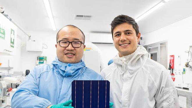 Thay thế bạc bằng đồng, startup công nghệ Úc tạo ra tấm pin Mặt Trời có hiệu năng cao nhất thế giới - Ảnh 2.