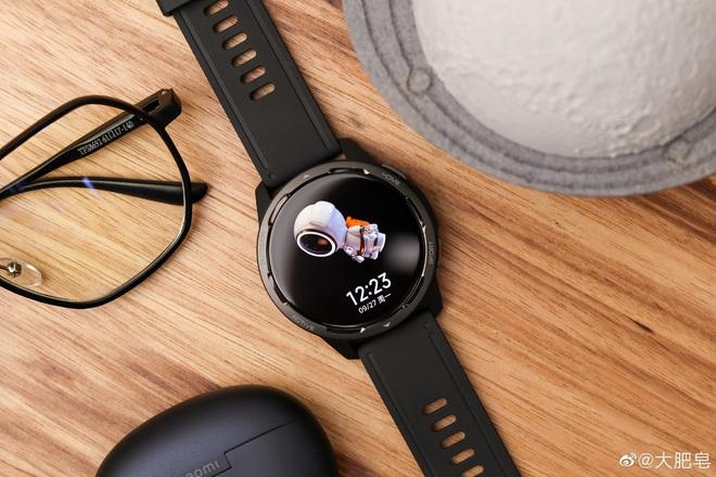 Xiaomi Watch Color 2 ra mắt: Thiết kế cổ điển, tích hợp GPS, pin 12 ngày, giá 3.5 triệu đồng - Ảnh 2.