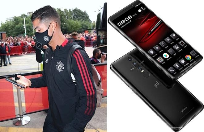 Tài sản 500 triệu USD nhưng Ronaldo vẫn nghe gọi bằng điện thoại Trung Quốc đời cũ, dùng vài năm vẫn không chịu lên đời - Ảnh 1.