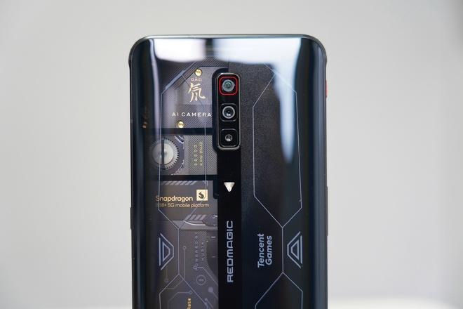 Red Magic 6S Pro ra mắt: Màn hình 165Hz, Snapdragon 888+, tản nhiệt kép, giá từ 14.1 triệu đồng - Ảnh 3.