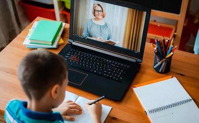 Chọn mua laptop cho con em mình học online, cần lưu ý những tiêu chí gì: Chuyên gia IT đưa lời khuyên cực kỳ đáng giá - Ảnh 1.