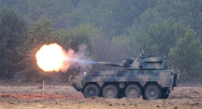 Ba Lan giới thiệu súng cối tự hành với nòng ngắn đến lạ - Ảnh 4.