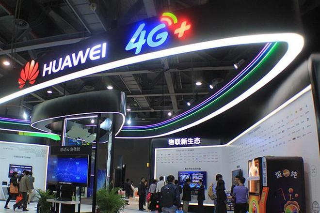 Từng tuyên bố dẫn đầu thị trường smartphone 5G, Huawei giờ ngậm ngùi cân nhắc mua chip 4G để duy trì hoạt động - Ảnh 1.