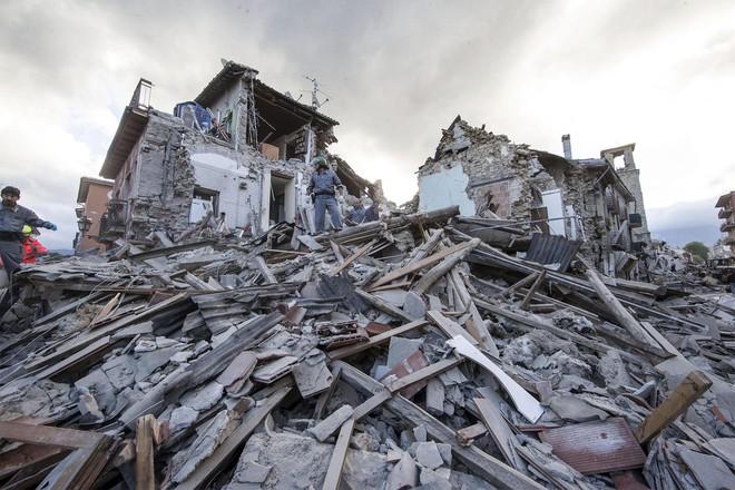Thiên tai đang có xu hướng diễn biến phức tạp, đi kèm với đó là sức mạnh hủy diệt khủng khiếp. Động đất là một trong những dạng thiên tai có sức tàn phá mạnh mẽ nhất mà con người phải đối mặt.