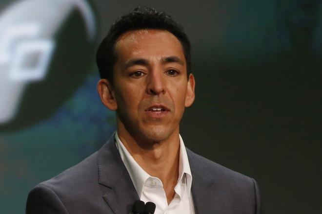 Yusuf Mehdi khẳng định Microsoft vẫn sẽ tiếp tục đẩy mạnh hoạt động kinh doanh các thiết bị phần cứng.