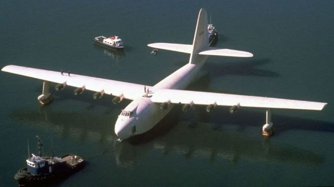 Chiếc Spruce Goose xưa kia.