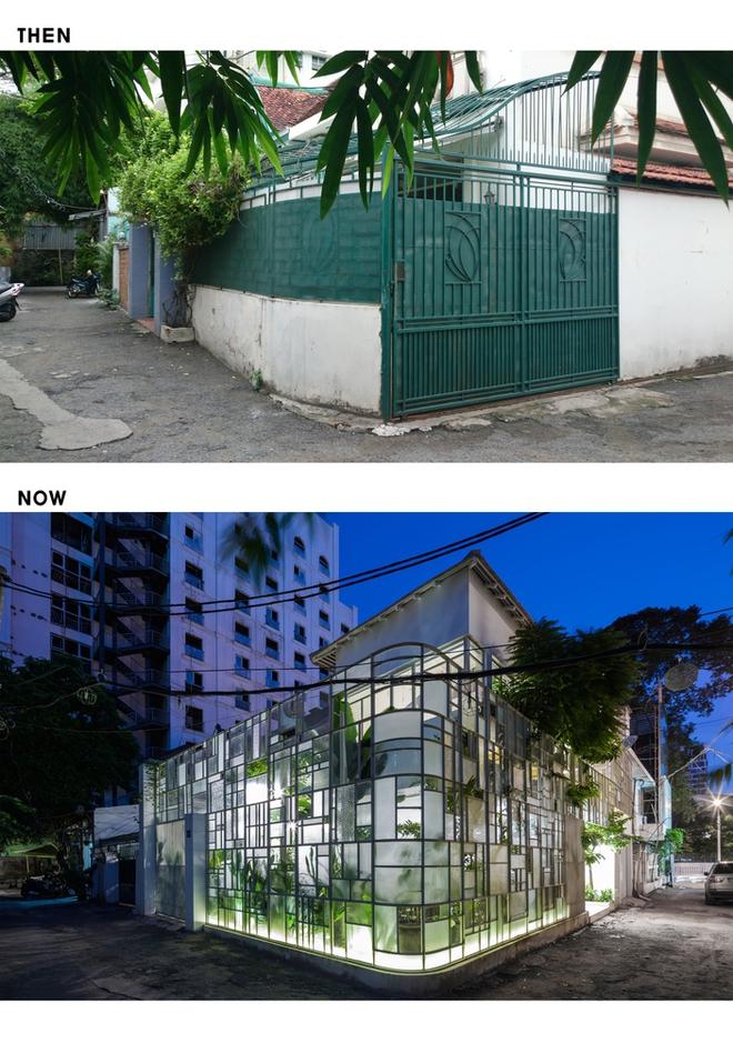 Ngôi nhà cũ kĩ như lột xác nhờ lớp vỏ đầy cây xanh.