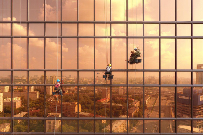 Vị trí thứ hai: Một buổi sớm bình minh trên toàn tháp Mercury, Liên Bang Nga. Tác giả alexeygo