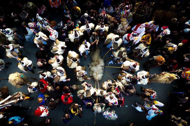 Vị trí thứ ba: Lễ hội La Vijanera , Tây Ban Nha. Tác giả feelingmovie